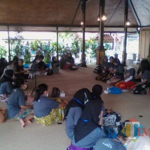 Disbudpar dan DKB Gelar Pelatih Sinden Gandrung Milenial Pelantun Gendhing Using