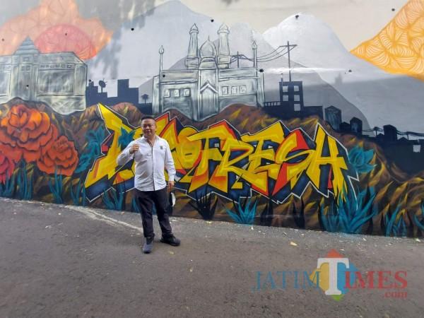 grafiti-Jembatan-Kedungkandang-41537f70c83acdb19.jpg