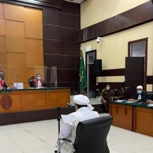 Habib Rizieq Tuding Jaksa Berbohong soal Siaran Streaming Sidang!