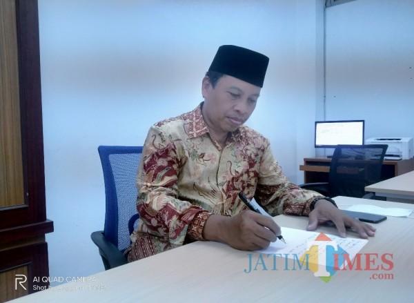 Prof Dr H Roibin MHI (Anggara Sudiongko/MalangTIMES)
