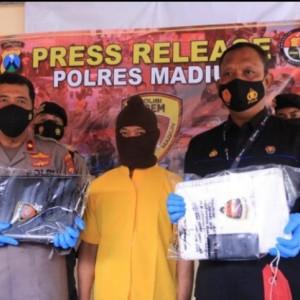 Press Release Pencurian Laptop di Masjid Caruban, Ini Kronologinya