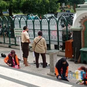 Gerakan Bersama Seluruh Jatim, Kwarcab Pramuka Kota Malang Bersih-Bersih Masjid Jami Jelang Ramadan