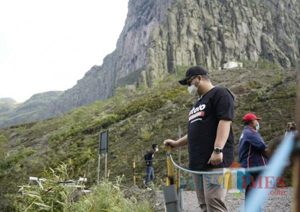 Bupati Kediri meninjau wisata gunung kelud.(eko arif s/Jatimtimes)