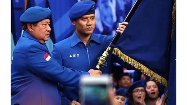 SBY dan AHY (Foto: TubasMedia.com)