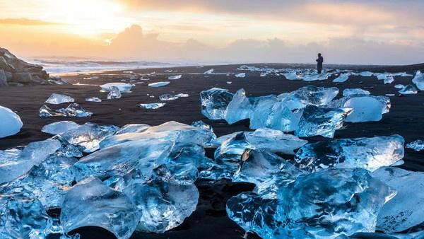 Diamond Beach di Islandia. (Foto: iStock).