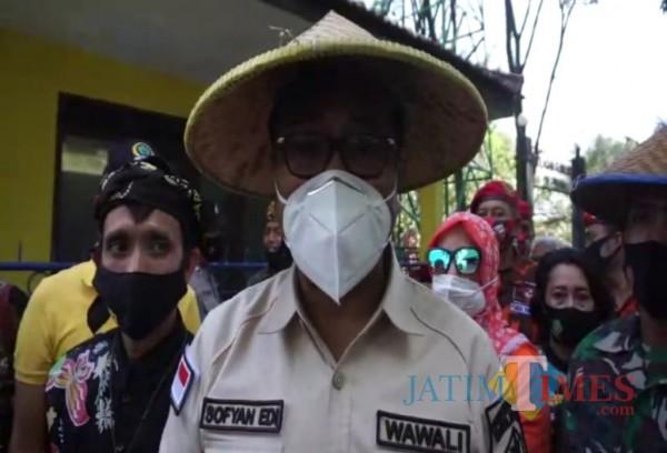 Wakil Wali Kota Malang Sofyan Edi Jarwoko saat ditemui awak media di Kampung Budaya Polowijen, Kota Malang, Minggu (4/4/2021). (Foto: Istimewa)