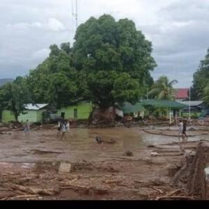 Banjir Bandang NTT: 68 Orang Meninggal, 15 Luka-luka dan 70 Orang Hilang