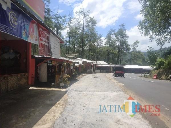 Suasana kawasan Payung 1 yang berada di Jalan Brigjen Moh Manan, Songgokerto, Kota Batu, Senin (5/4/2021) (foto: Mariano Gale/BatuTimes)