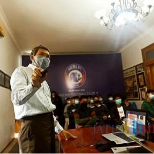 RSIA Mawar Sosialisasikan Pentingnya Vaksinasi Covid terhadap Pemain Muda Arema FC