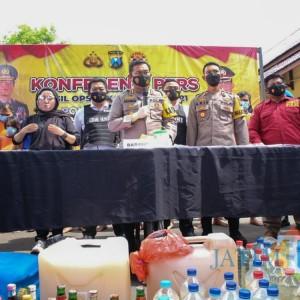 Jelang Ramadan, Polisi Tangkap Ratusan Pelaku Kriminal di Kota Santri