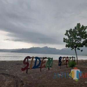 Sudah Buka, Pantai Sidem Tulungagung Masih Sepi Pengunjung