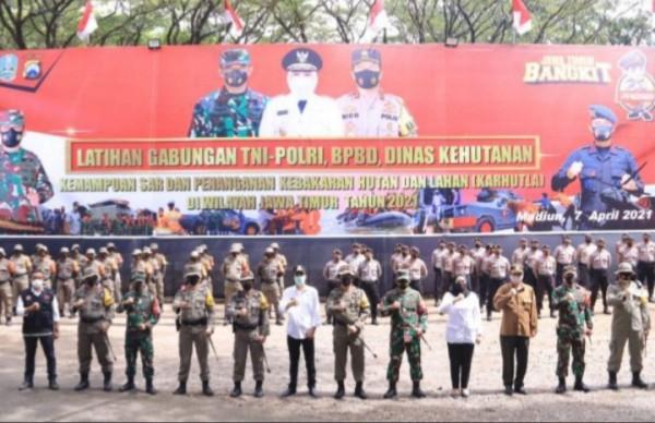Pembukaaan latihan bersama TNI bersama Polri, BPBD, Dinas Kehutanan dalam percepatan penanganan bencana alam di Waduk Widas Madiun.