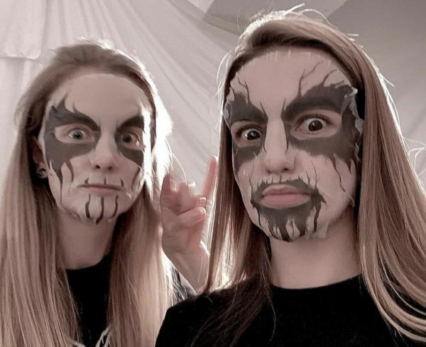 Corpse paint, masker wajah bergaya ala personel band metal. (Foto: Instagram @kaamos.co).