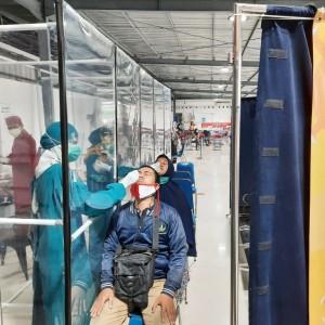 PT KAI Turunkan Harga Tes Rapid Antigen di Stasiun