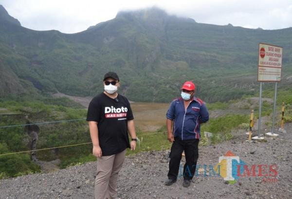 Bupati Kediri saat meninjau wisata Gunung Kelud beberapa waktu lalu.(eko arif s/jatimtimes)