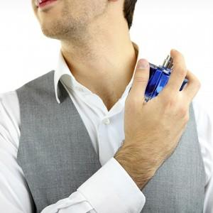 Dear Pria Sejati, Ini Tips Pilih Parfum dan Cara Penggunaannya Agar Tahan Lama
