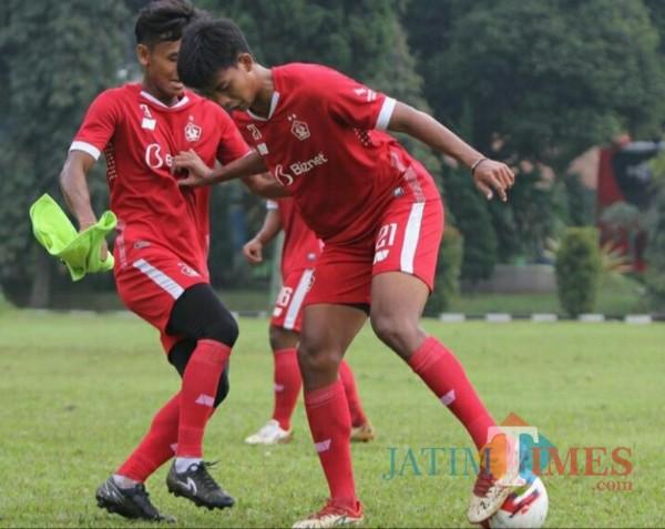 Pemain Persik saat berlatih. (Foto: istimewa)