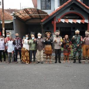 Bersama Forkopimda, Wali Kota Malang Ajak Kolaborasi Mahasiswa Papua