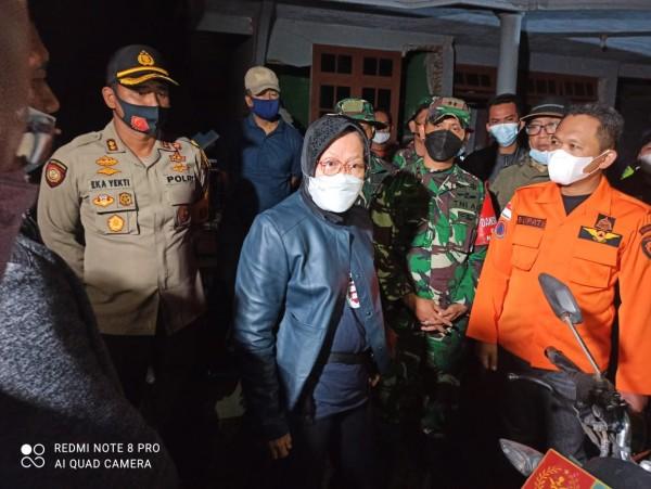 Mensos Tri Rismaharini kunjungi korban gempa di Malang (Foto: Dok Kemensos)