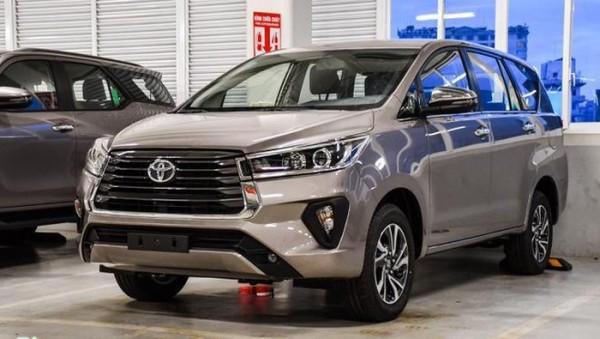 Toyota Innova (Foto: Nach Welt)