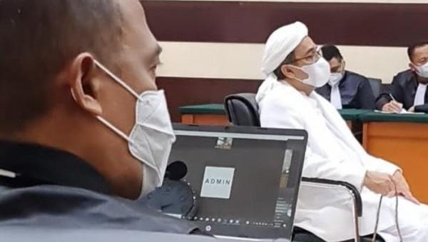 Persidangan Habib Rizieq (Foto: detik.com)