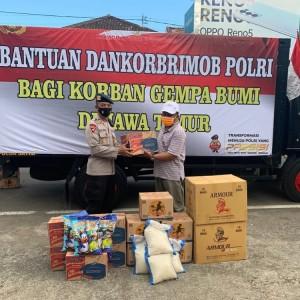 Serentak, Dankorbrimob Polri Berikan Bantuan Sosial Kepada Korban Gempa Malang