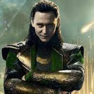 """Tayang Juni 2021, Tom Hiddleston Beri Bocoran Jalan Cerita """"Loki"""" dari Logonya"""