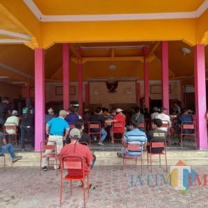 Puluhan Warga Desa Gamping Datangi Balai Desa, Minta Kejelasan Proyek Pembangunan Jalan