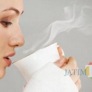Inilah 7 Manfaat Minum Air Hangat Setiap Pagi