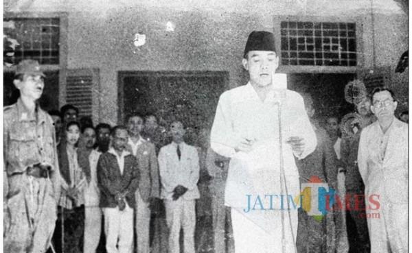 Proklamasi Kemerdekaan Indonesia. (Foto: Soulusi.com)