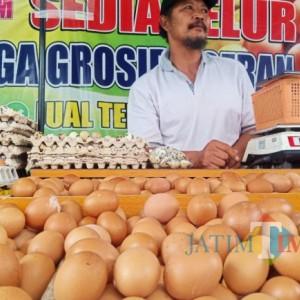 Harga Telur Ayam Masih Tinggi, Produsen Kue Rumahan Mengeluh
