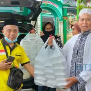 Bahagianya Anggota Dewan Ini Bisa Berbagi dalam Bulan Suci Ramadan