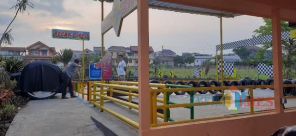 Pasar Rohjoyo yang terletak di Desa Bumiaji, Kecamatan Bumiaji, Kota Batu, Senin (19/4/2021) (foto: Mariano Gale/Jatim Times)