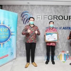 FIFGROUP Raih Top Digital Company Award 2021