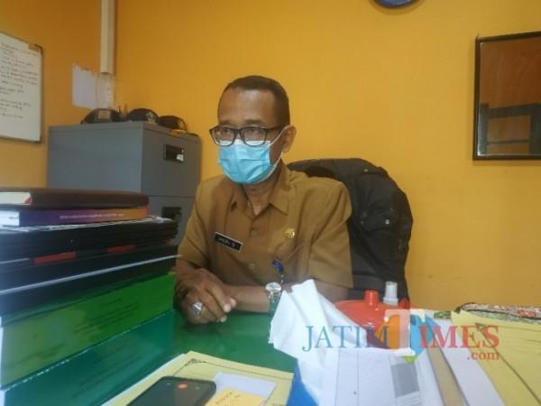 Kepala Bidang Persampahan dan B3 DLHK Kota Malang, Heri Sunarko saat ditemui di Kantor DLH Kota Makang, Selasa (20/4/2021) (foto: Mariano Gale/Jatim Times)