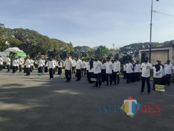 Aparatur sipil negara (ASN) Pemkot Malang saat apel. (Arifina Cahyanti Firdausi/MalangTIMES).