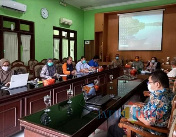 DLH Kota Malang lakukan rapat koordinasi pelaksanaan pelatihan SDM Sanitary Landfill, Jumat (9/4/2021) lalu (foto istimewa)