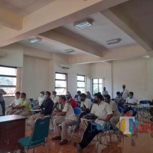 Karyawan Adukan PT Wage Karya Wahyu Lestari ke Disnaker Tulungagung