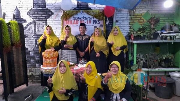 Suasana tasyakuran milad ke-19 PKS di Kota Malang. (Foto: Istimewa).