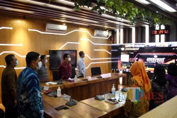 penghargaan disampaikan secara virtual dalam acara yang bertajuk SAKIP-RB Award 2020, Kamis (22/4) yang diselenggarakan di Jakarta. (Foto: Ist)