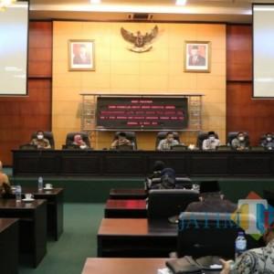 Sempat Tertunda, LKPJ Bupati Jombang Akhirnya Diterima DPRD