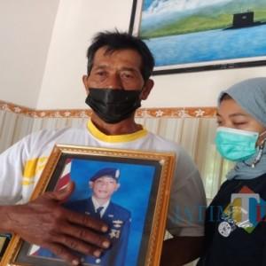 Orang Tua Kru KRI Nanggala-402 di Jombang Berharap Ada Keajaiban
