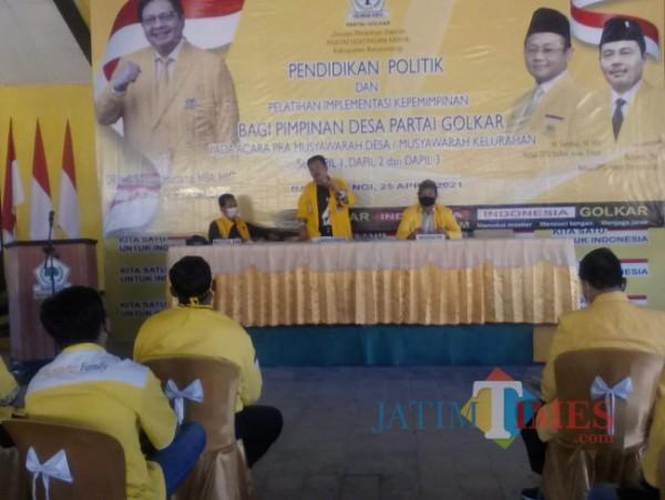 Suasana pendidikan politik bagi kader Partai Golkar Banyuwangi (Nurhadi /BanyuwangiTimes)