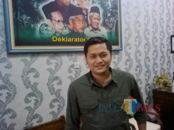 H M Ali Mahrus, Pimpinan Rapat Paripuna Internal Dewan yang juga seorang Wakil Ketua DPRD Banyuwangi (Nurhadi Banyuwangi/ JatimTIMES)