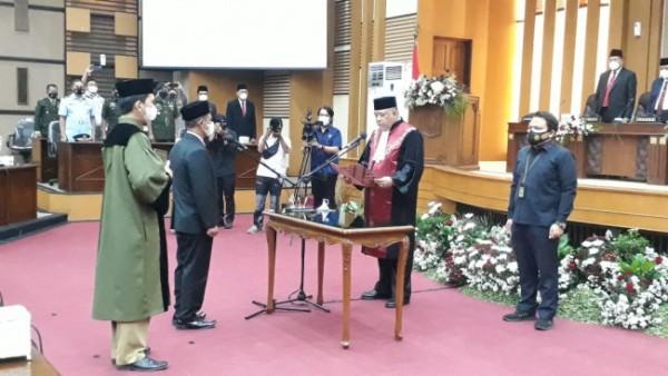 Prosesi pelantikan PAW ketua DPRD Kabupaten Malang (foto: istimewa)
