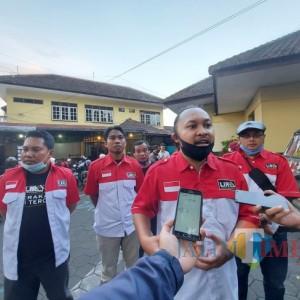 Tebar Kebaikan di Bulan Ramadan, DPD LIRA Malang Raya Bagikan 200 Nasi Kotak