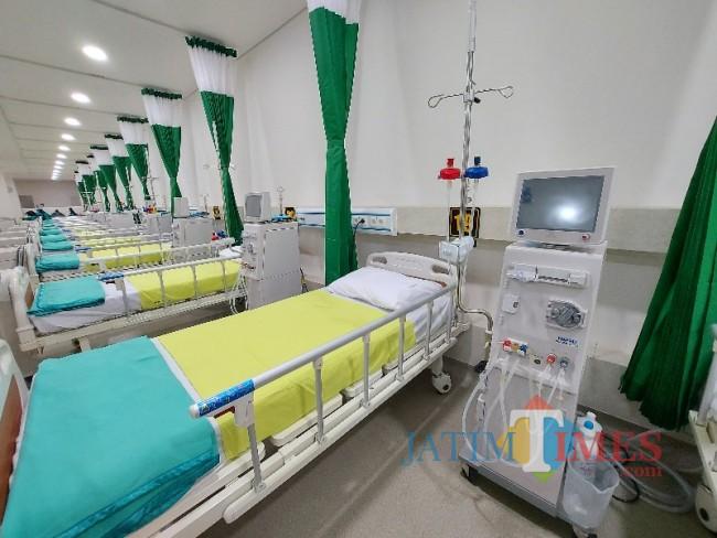Tampak perlengkapan yang terdapat di ruang hemodialisa RSSA Malang.