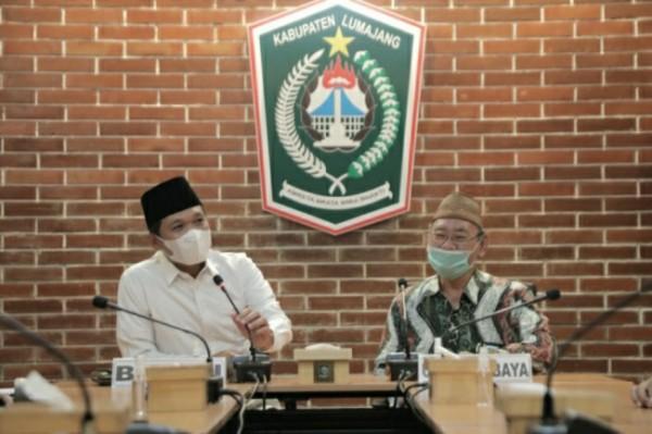 Bupati Lumajang, Thoriqul Haq memberikan signyal adanya kerjasama antara Pemkab Lumajang dengan Universitas Islam Negeri Sunan Ampel Surabaya ( Foto : Kominfo )