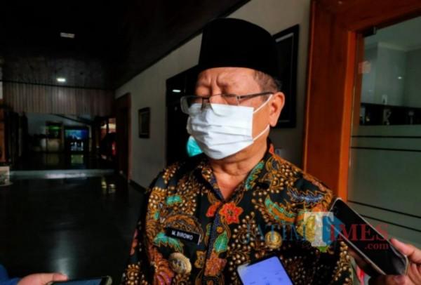 Bupati Tulungagung Maryoto Birowo saat dikonfirmasi di Pendopo, Jum'at 30/04/2021. (Foto: Muhsin/TulungagungTIMES).