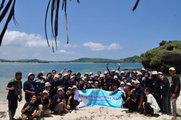 Ekspedisi Merekat Adat di Lombok, yang salah satu pesertanya adalah mahasiswa Unikama (Ist)